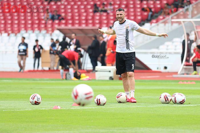 Striker asing Persija Jakarta, Marko Simic, telah melempar kode untuk memperkuat tim nasional Indonesia.
