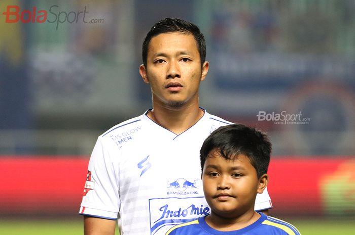 Pemain Sayap Arema FC, Dendi Santoso saat laga Persikabo melawan Arema FC di Stadion Pakansari, Bogor (2/3/2020)