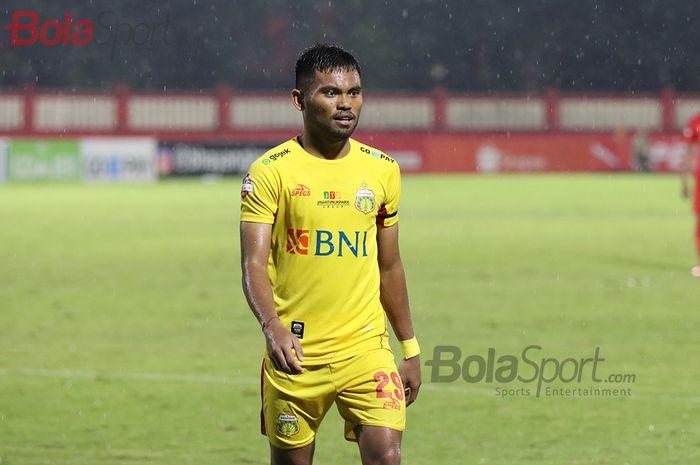 Pemain sayap Bhayangkara FC, Saddil Ramdani,  ketika laga Bhayangkara FC malawan Persija Jakarta di Stadion PTIK, Melawai, Jakarta Selatan (14/3/2020)