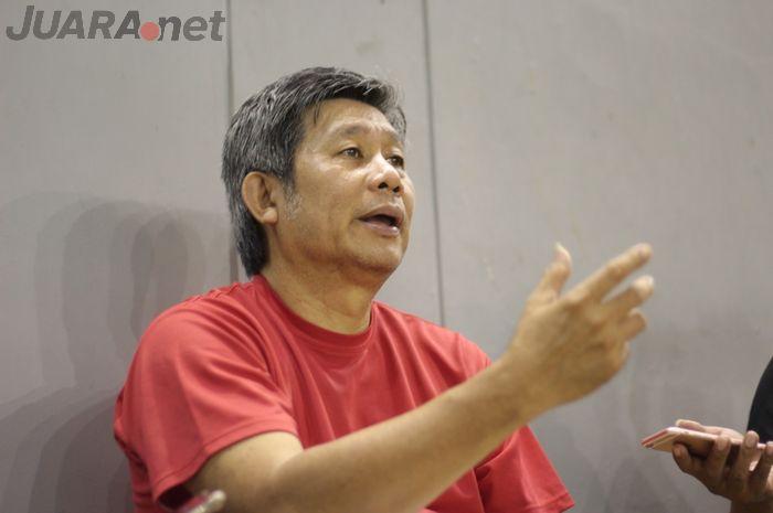 Wawancara bersama Herry Iman Pierngadi di Pelatnas PBSI, Cipayung, Jakarta Timur.