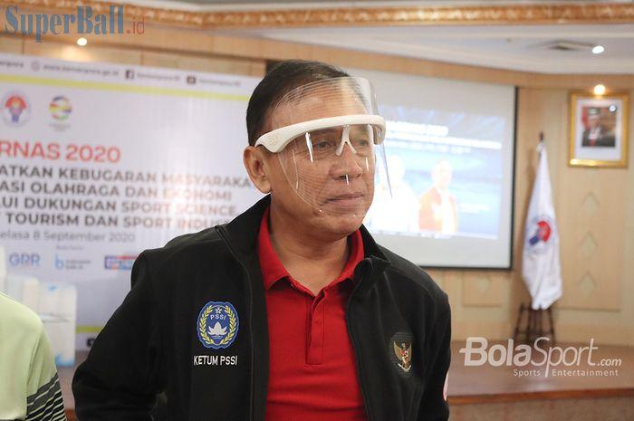 Ketua Umum PSSI, Mochamad Iriawan, memberikan keterangan kepada awak media selepas menjadi narasumber dalam forum diskusi FMB9 Kemenkominfo yang membahas Haornas 2020, di Auditorium Wisma Kemenpora RI, Senayan, Jakarta, Selasa (8/9/2020)