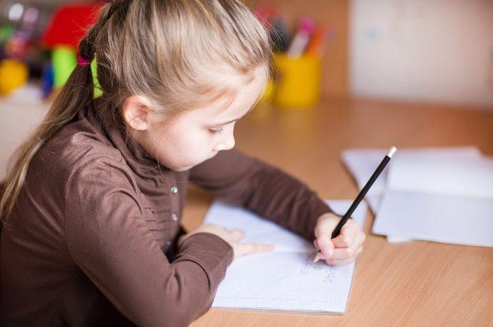 Anak kidal lebih cerdas?