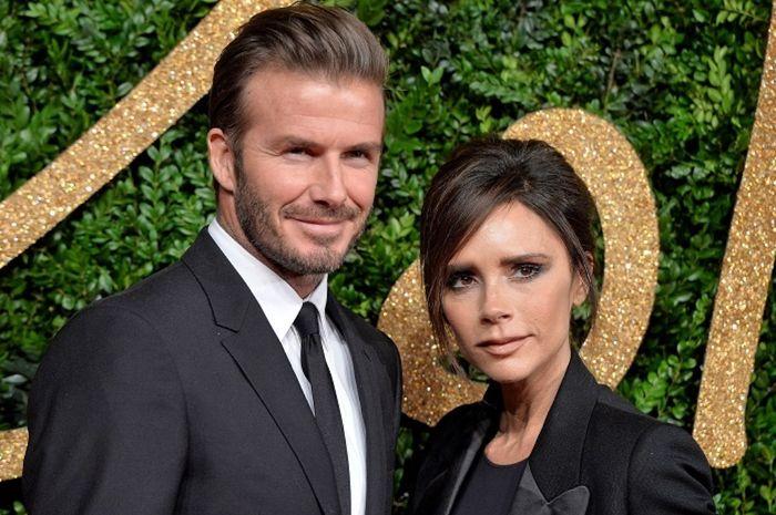 David Beckham dan istrinya Victoria selalu tampil mesra. Sebuah teladan yang pantas ditiru.