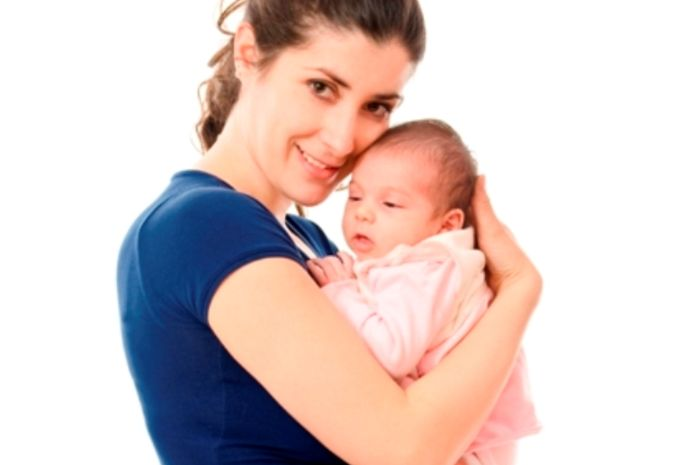 Hal yang harus dihindari saat merawat bayi di bawah usia 6 bulan (iStock)
