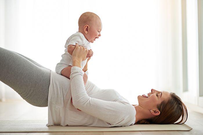 Gerakan agar pulih usai melahirkan (iStock)