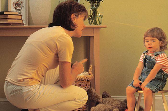 Anak menolak disuruh, biasanya kerap enggan membantu oranglain