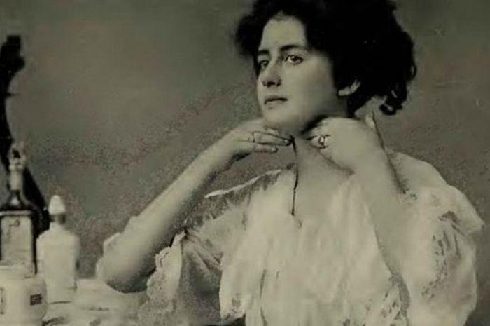 Tips Kecantikan Perempuan Zaman Dulu yang Aneh