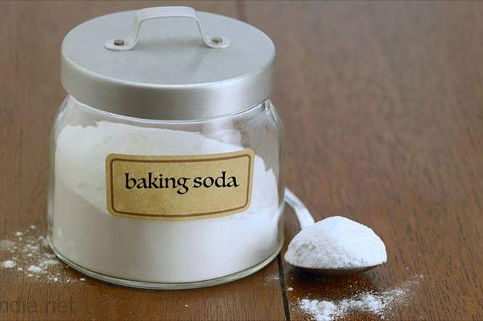 Tak hanya untuk membuat kue mengembang, baking soda bisa lakukan ini