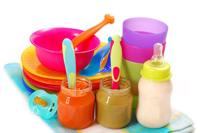 Contoh Jadwal Pemberian Makan Padat Pertama Bayi Usia 6 Bulan