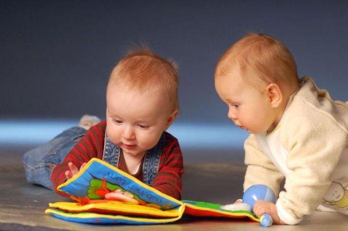 Mainan agar bayi cerdas