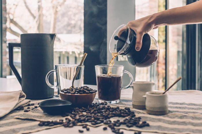 meminum kopi 3 cangkir setiap hari memberi manfaat bagi tubuh
