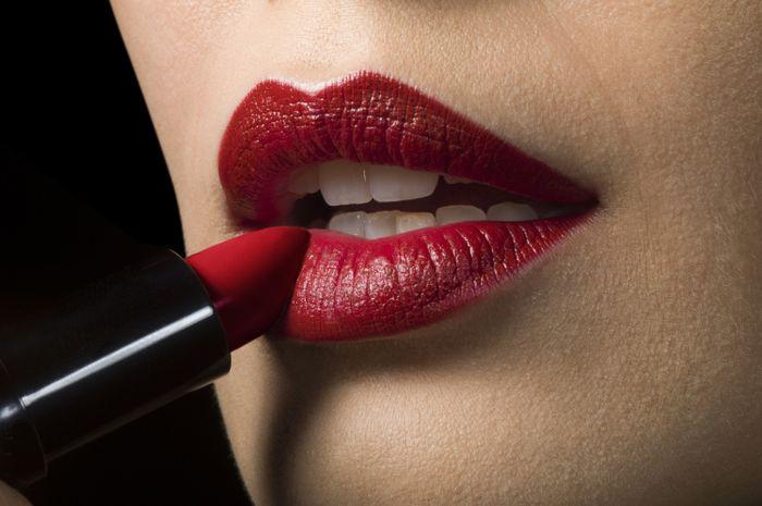 Lipstik.