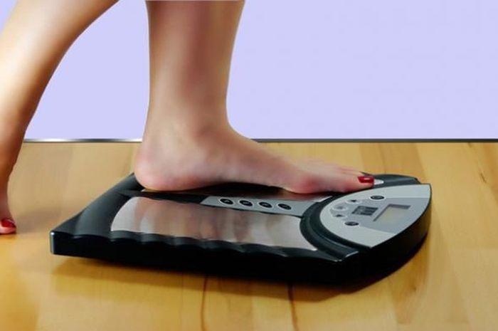 Menambah berat badan.