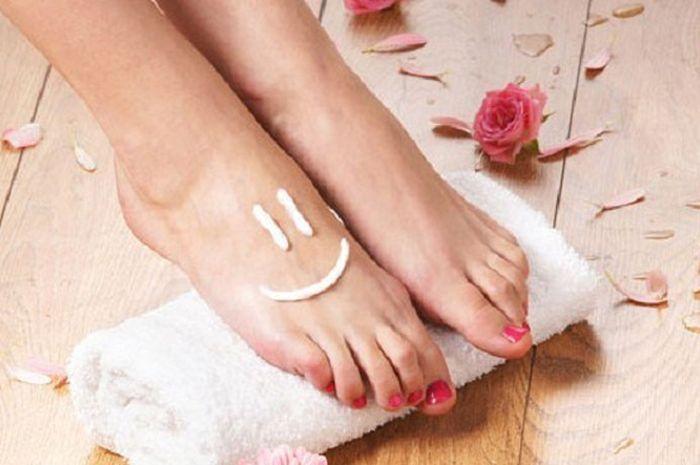 Bau kaki bisa diatasi dengan cara alami, begini caranya!