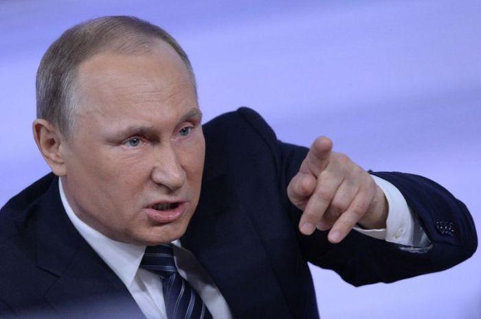 Vladimir Putin sedang marah