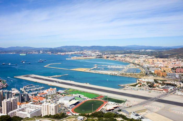 Bandara Gibraltar.