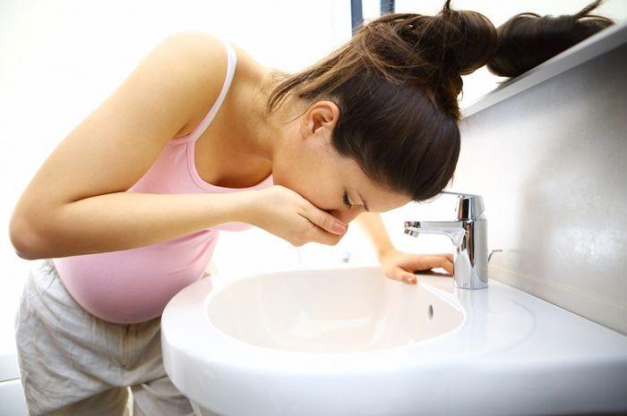 Wajar jika mual muntah saat trimester 1. Jika trimester 2? Perlu penanganan serius