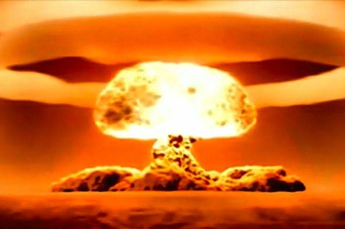 Ledakan bom nuklir