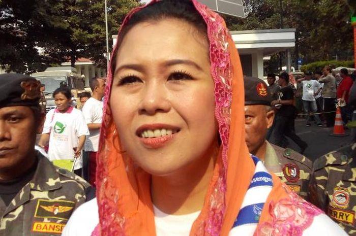 Jarang Diekspos! Sosok Suami Yenny Wahid Bukan Orang Biasa karena Berikan Ini Untuk Mas Kawin