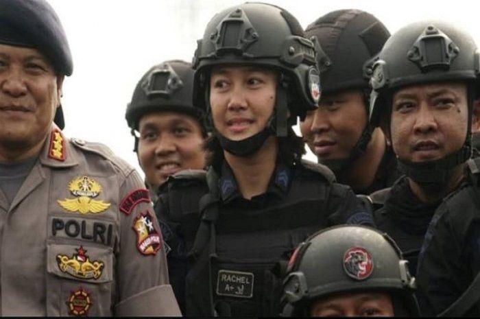Briptu Rachel jadi satu-satunya wanita sangar dalam penyerbuan tahanan teroris di Mako Brimob