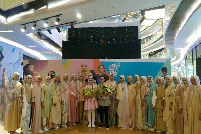 Fashion line terbaru dari Dian Pelangi dan Barli Asmara