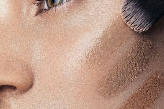 Tips memilih foundation sesuai warna kulit