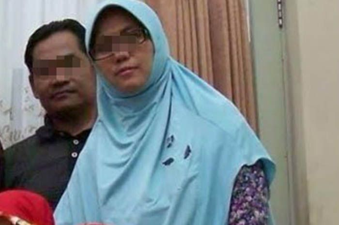 Puji Kuswati dan suaminya, Dita Upriyanto