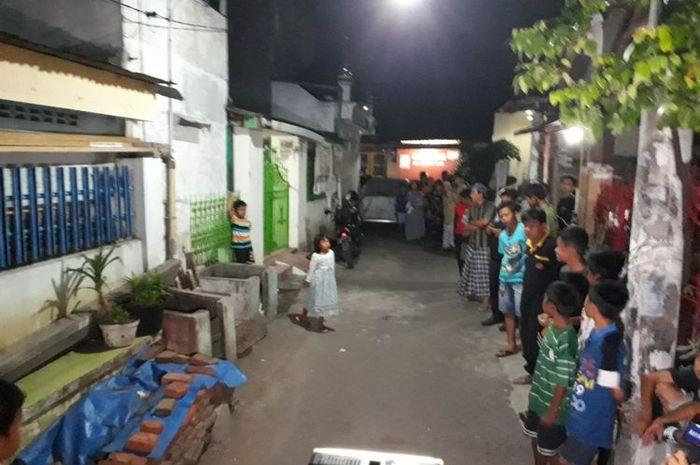 Rumah orangtua pelaku bom bunuh diri di Mapolrestabes Surabaya