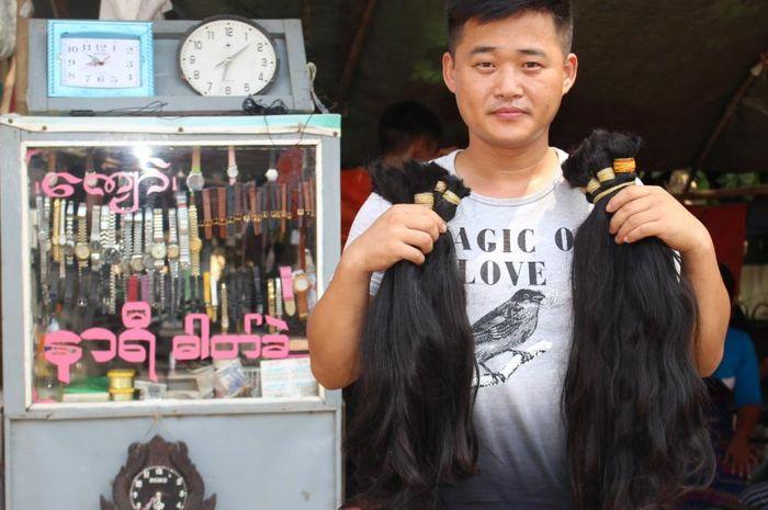 para pedagang rambut di Myanmar
