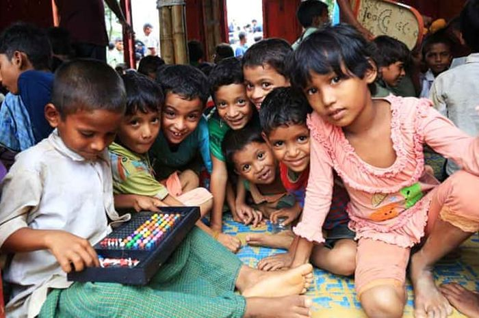 Anak-anak Pengungsi Rohingya di Bangladesh