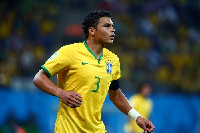 Kapten Paris Saint-Germain asal Brasil, Thiago Silva, menjadi korban perampokan pada Sabtu (22/12/2018).