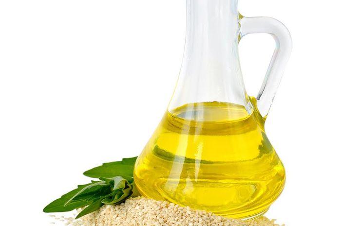 Manfaat Minyak Wijen untuk Kesehatan dan Kecantikan