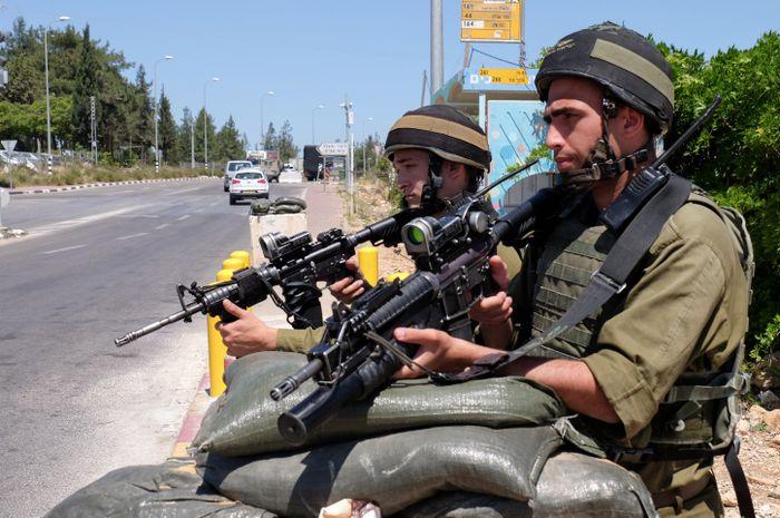 Tentara Israel di Gush Etzion.