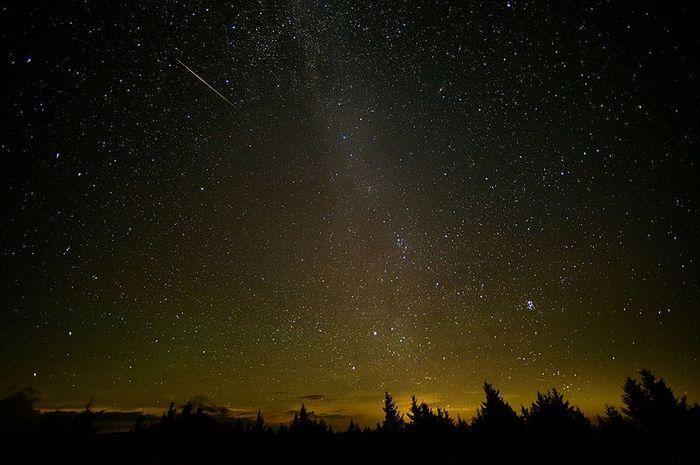 Hujan meteor Ofiukid mencapai puncaknya pada 10 Juni 2018.