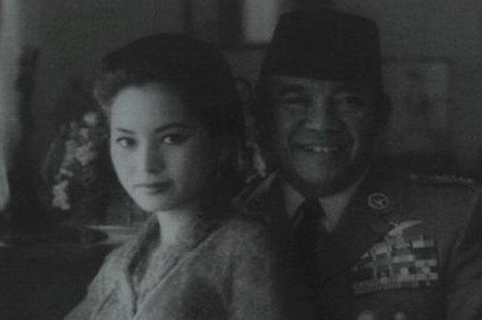 Ratna Sari Dewi dan Soekarno