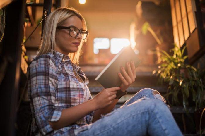 Seseorang yang rajin belajar memiliki risiko rabun jauh lebih tinggi, menurut studi terbaru