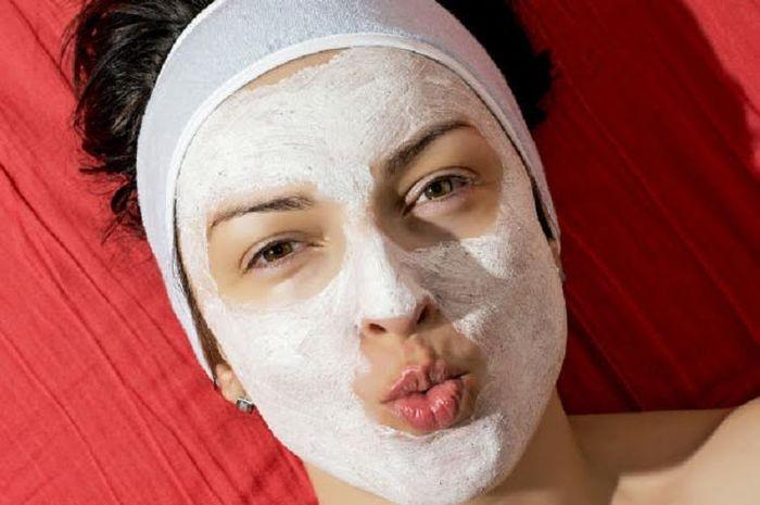 Masker alami untuk wajah glowing
