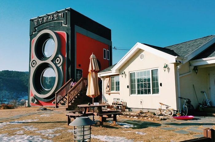 Dreamy Camera Cafe