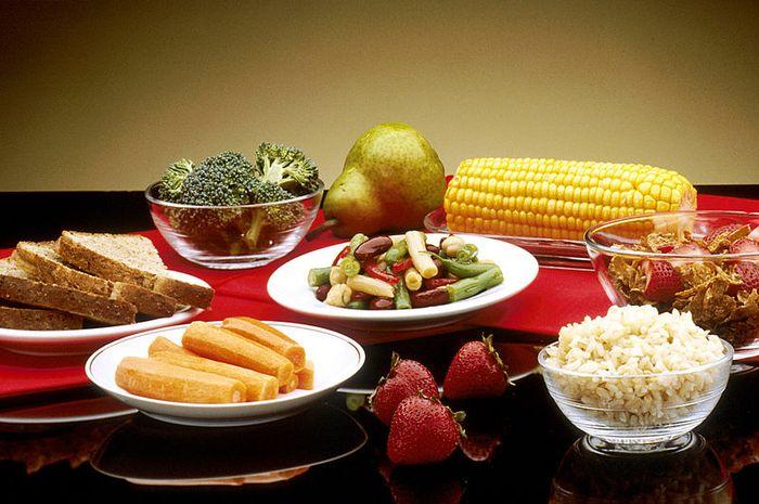 Semua makanan terasa pahit saat kita sakit.