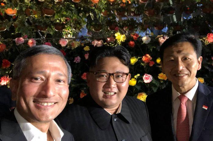 Kim Jong Un berselfie.