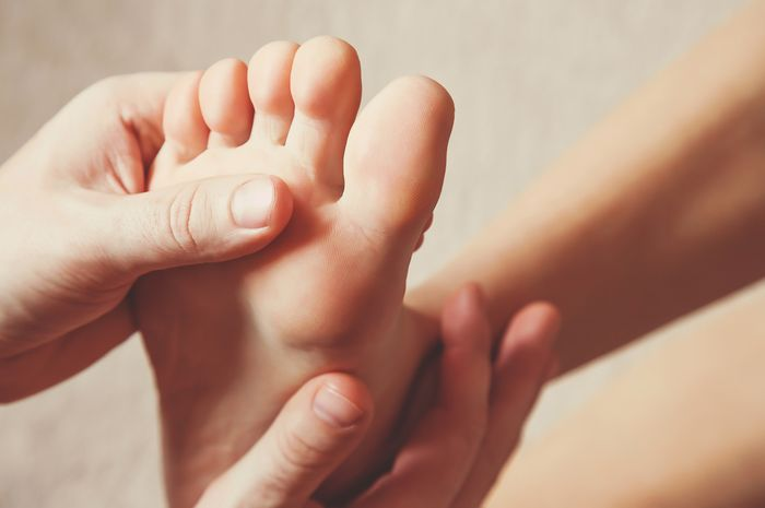 Kenali penyebab rasa panas di telapak kaki