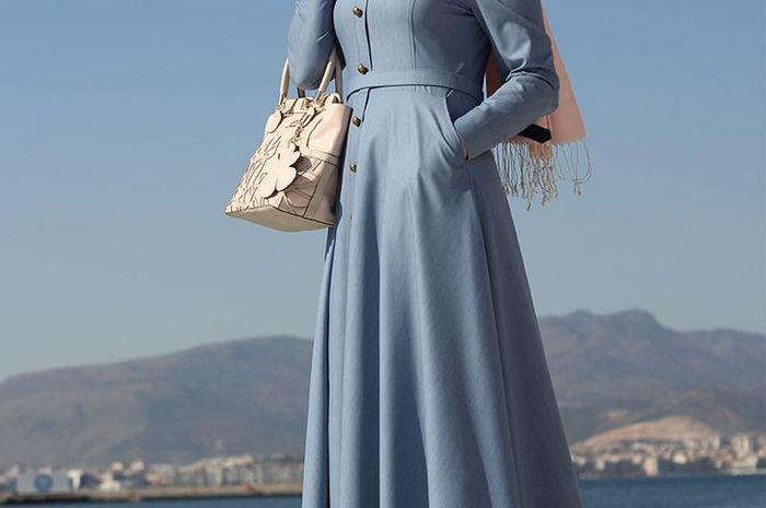 Coba 7 Dress yang Cocok Buat Hijabers Kekinian yang Pengin Tampil Kece