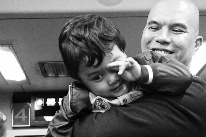 Ahmad Dhani dan baby R