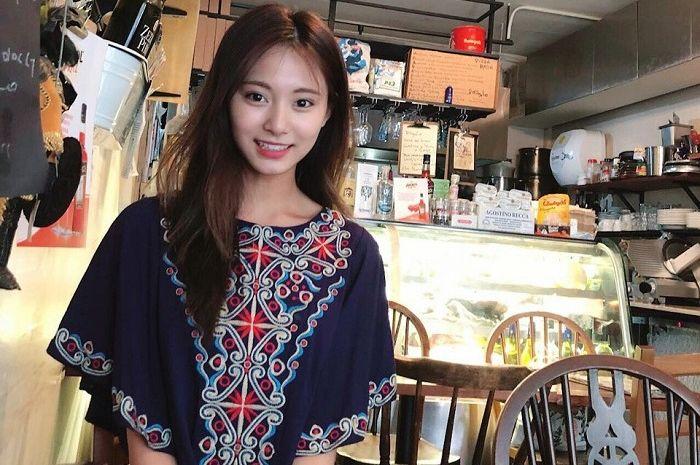 Tanggal 14 Juni 2018 adalah hari yang spesial untuk maknae (member termuda) Twice, Tzuyu.