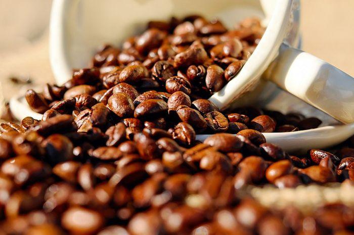 Memberikan kopi pada anak tidak dapat mencegahnya dari kolik atau cegukan berlebihan
