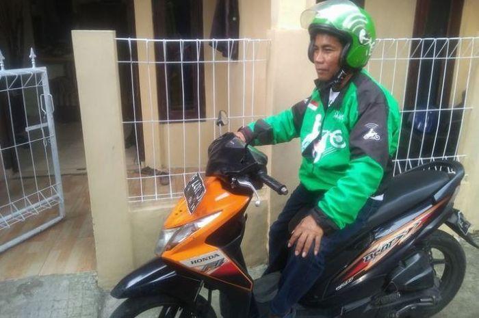Nanda (56), saat berada di rumahnya di Kampung Anyar, Ciomas, Bogor, Jawa Barat, Jumat (29/6/2018).