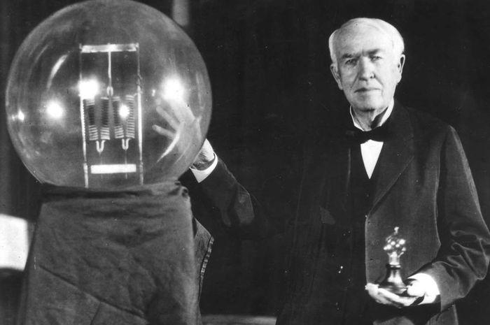 Benarkah penemu bola lampu adalah Thomas Alva Edison?