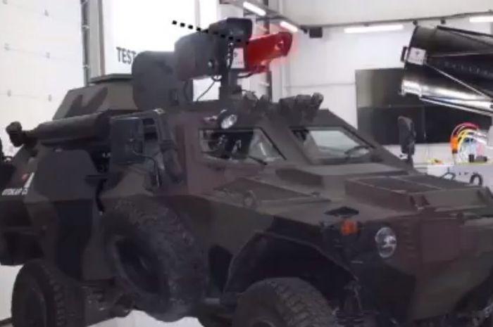 Tank bersenjata laser Turki