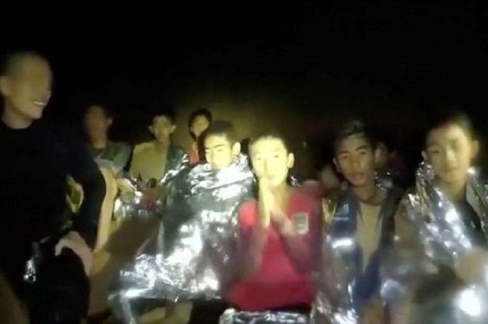 Ternyata Begini Cara 12 Siswa di Thailand Bertahan Hidup 9 Hari dalam Gua