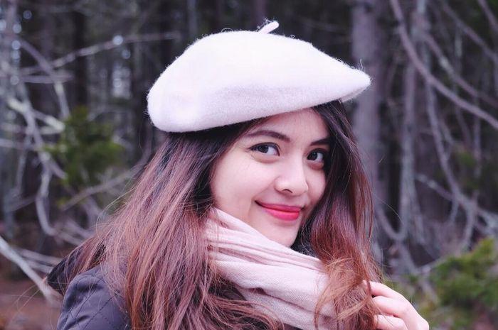 Tasya Kamila Tampil Anggun Berbalutkan Busana Ala Perempuan Minang